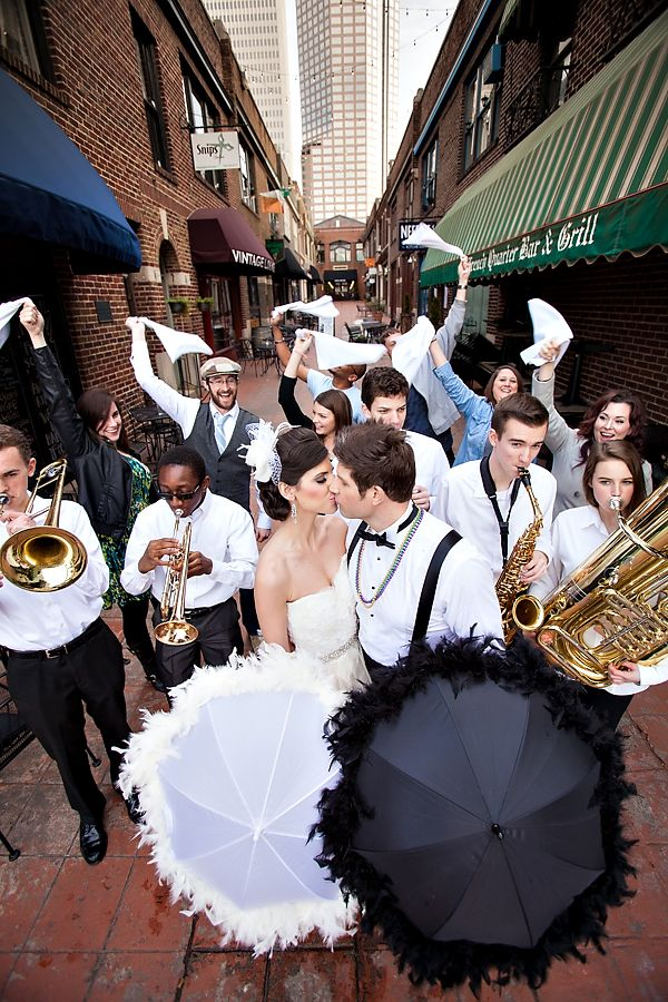 Mardi Gras wedding inspiration shoot | New Orleans Second Line with a Jazz Band | Styling by The Graceful Host | Photography by Old South Studios