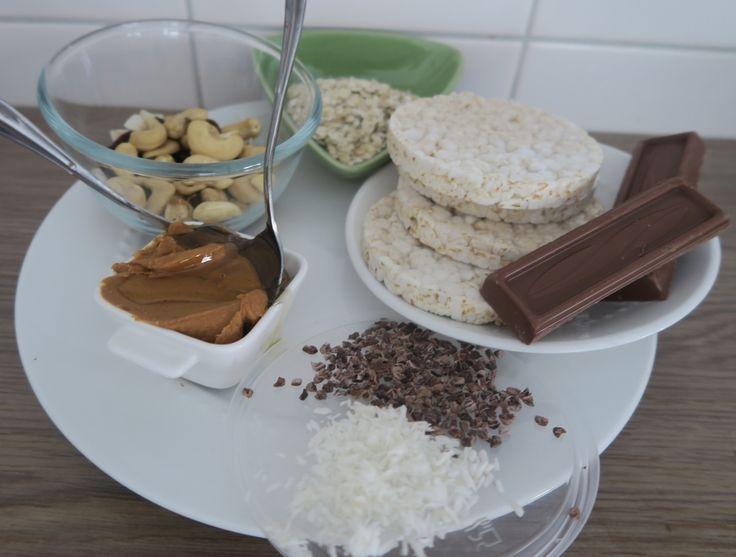 RECEPT GEZOND TUSSENDOORTJE: Energy bars (energierepen) van gepofte rijst, met noten, en pindakas, zo lekker en voedzaam dus gezond!