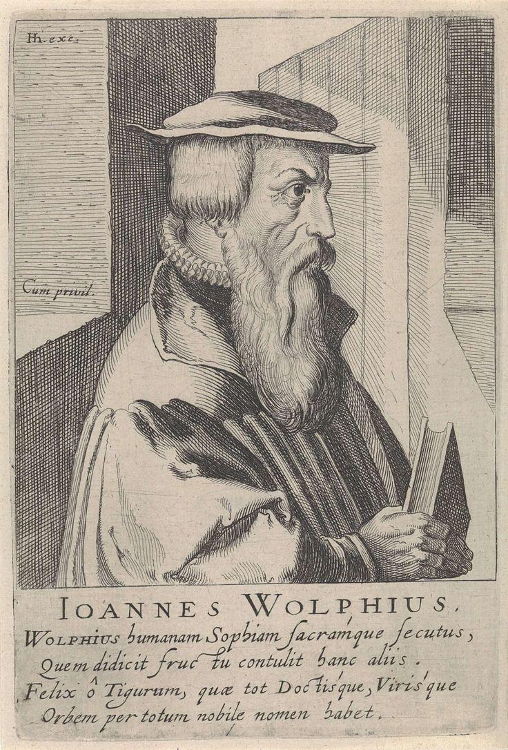 Simon Frisius | Portret van Johann Wolf, Simon Frisius, Hendrick Hondius (I), unknown, c. 1610 | Buste naar rechts van Johann Wolf. Onder het portret zijn naam en vier regels in het Latijn. Prent uit het later toegevoegde deel 2 (28 prenten) van de serie portretten van beroemde hervormers door Hendrick Hondius uit 1599.