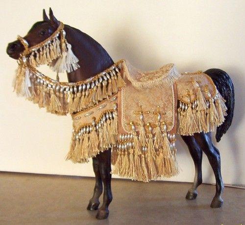 BREYER ARABIAN HORSES & RIDERS
