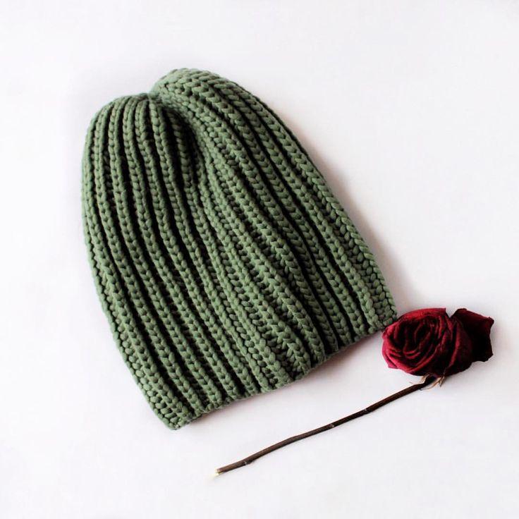 60 отметок «Нравится», 1 комментариев — ВЯЗАНИЕ 💥 Шапка 💥 СНУД 💥 (@sklyar_knit) в Instagram: «Осваиваю свою забытую зеркалку заново🙈 Решила я шапку все таки продать, себе такую же на весну…»