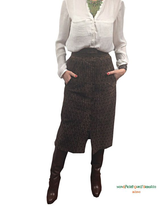 Longuette dark browm skirt, high waist, with bottons on the front. Urban navajo suede skirt  size UK 14, USA 10, EU 42.