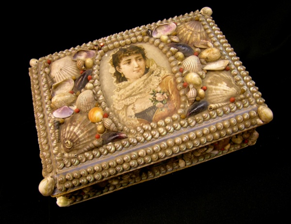antique shell decorated sewing box with picture of victorian lady on lid 7x10x3