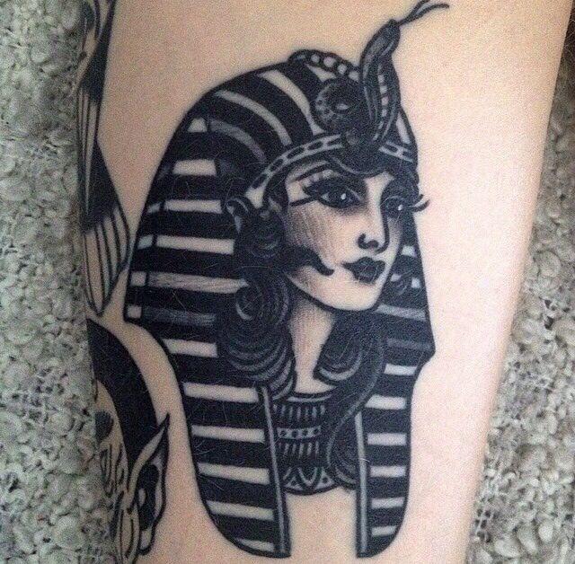 a beautiful tattoo of a female pharaoh | Egyptian Joy ...