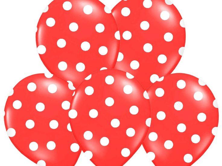 Balony czerwone w białe kropki do dekoracji.