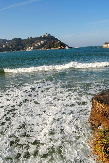 Erasmus North Trip - A Green Hostal, San Sebastián and Eating Pintxos