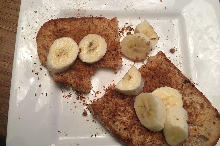 Wicked Wednesday ontbijt. Voor als je wat extra tijd hebt. Wentelteefjes met o.a. banaan, kokosbloesemsuiker en speltbrood. Recept: http://amsterdamama.nl/wicked-wednesday-ontbijt/
