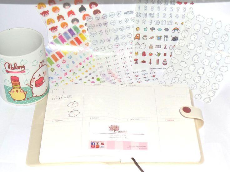 Agenda di Molang! Con bottoncino! Stikers 5 fogli compresi nella confezione! Color panna! Misure 12X18 circa