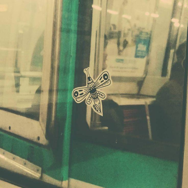 Street art bee s ber soberlandart sur instagram for Audrey hepburn mural los angeles