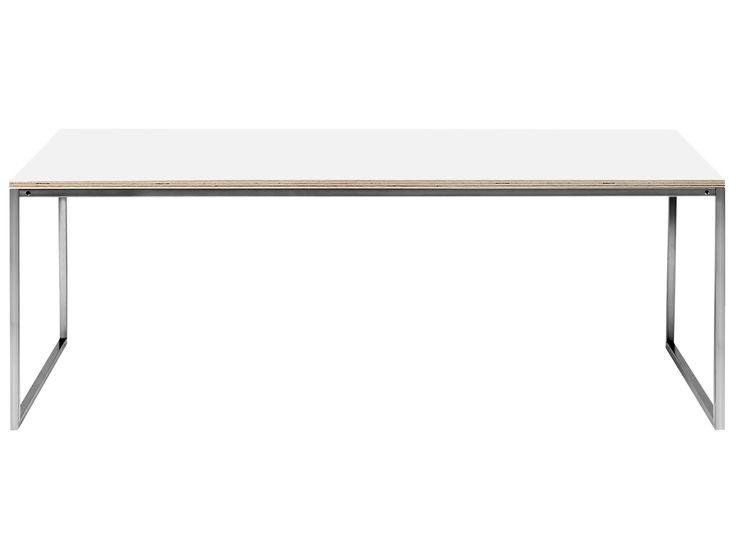 Zeigen Sie uns ein Sofa, zu dem Como nicht passt – wir glauben nicht, dass Sie eins finden. Einfachheit und Stil und eine Vielzahl von Materialien und Größen machen ihn zum perfekten Sofatisch in einer interessanten Kombination aus skandinavischem Design und dänischer Handwerkskunst. Also holen Sie sich einen oder zwei ‒ oder drei, wenn Sie möchten. Como gibt es mit Tischplatten in verschiedenen organischen Materialien wie massiver Eiche, Walnuss, Laminat und Glas ‒ und auch in neuen…