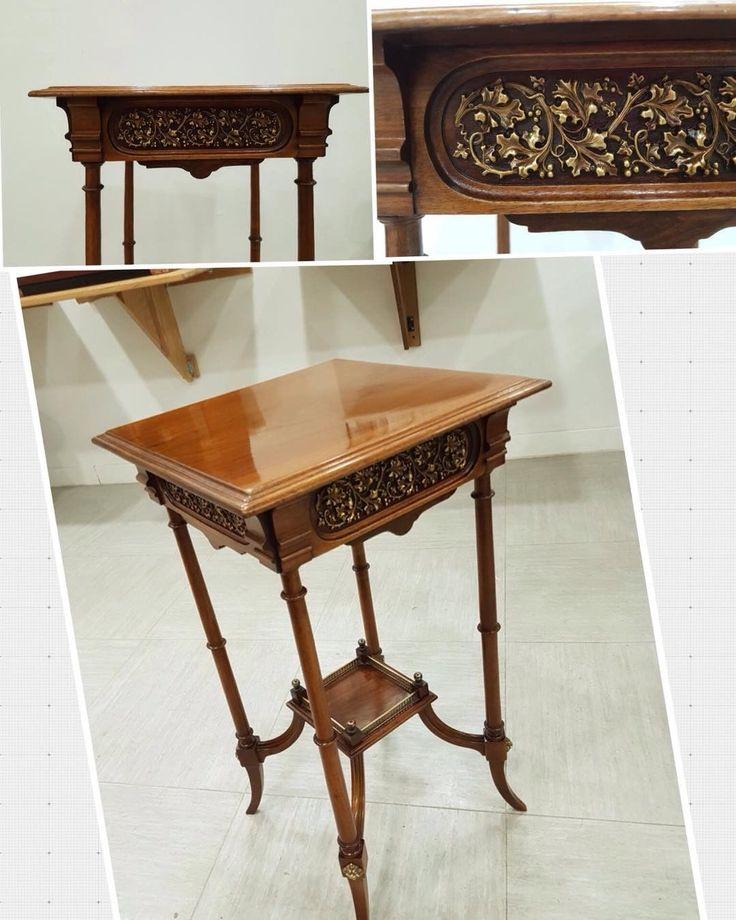 """El trabajo de Restauración de esta bonita mesa de nogal,lo ha realizado, Antonio, alumno de nuestro…"""""""