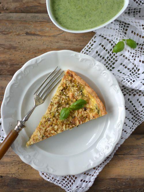 Colors in the Kitchen: Spenótos pite fetával és ropogós pisztácia-kesudió morzsával