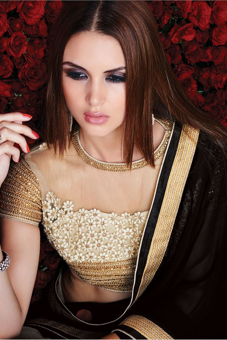 Efficient Black And White Party Wear Saree