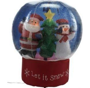 Ta świąteczna dekoracja przyniesie do Twojego domu świąteczną radość. Więcej na http://tetex.pl/oferta,kula-sniezna-ze-swietym-mikolajem-i-balwanem,4e446379.html