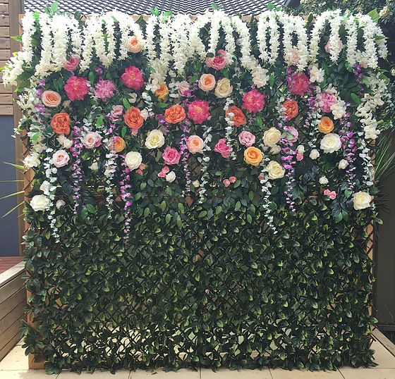 We are Petal Pushers from Sydney that specialise in Flower Walls, Wedding and Events!