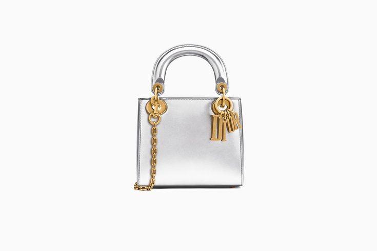 undefined Cliquez ici pour agrandir l'image du produit Mini Sac Lady Dior avec chaîne en veau métallisé argenté