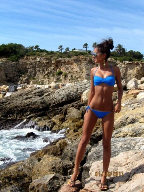 Motivation. nice toned body...but I really want a swimsuit in that color lol