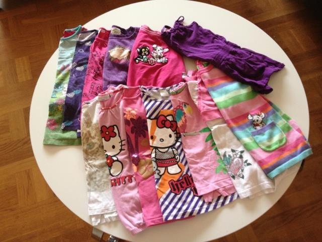 Megastort klädpaket flickkläder stl 110/116 72 delar på Tradera.com -