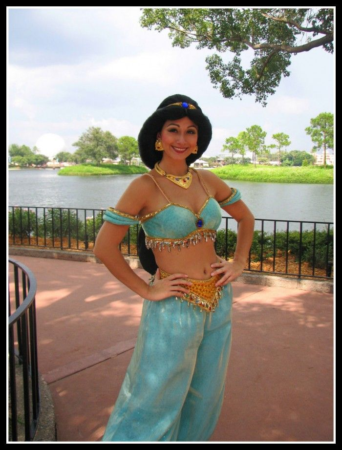 Princess Jasmine, I Love Her Outfit. The jewelry is the best.