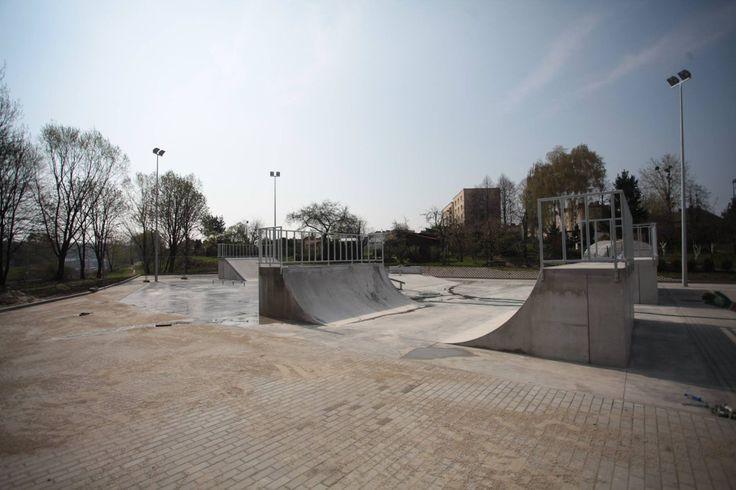Skatepark w Radlinie - prawie gotowy! :)(foto: M. Gajda)