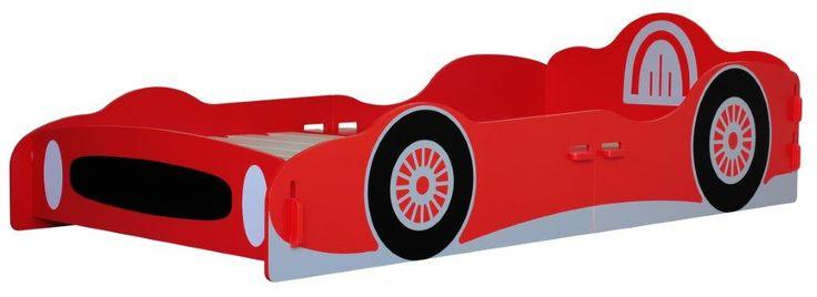MiPetiteLife.es - Cama Coche de Carreras Kidsaw Esta cama individual está diseñada en torno a un coche de carreras rojo. Ideal para los futuros campeones de F1. Diseñada de forma que no es necesario ningún pegamento, tornillo o fijaciones mecánicas. Simplemente se ensambla con ranuras como un rompecabezas. Dimensiones: H68 x W99 x D210 cms. Medidas colchón (no incluido): W90 x D190 cm. www.MiPetiteLife.es