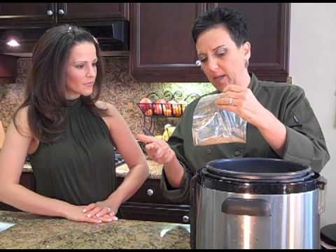 Split your cooking time! Split Pea Soup in mere minutes - video and recipe via @Julieanna Hever