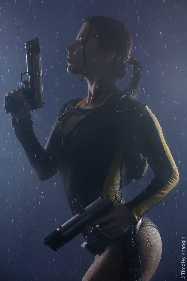 Character: Lara Croft (Wetsuit) / From: Eidos Interactive & Square Enix's 'Tomb Raider' Video Game Series / Cosplayer:  Anastasya Zelenova (aka Anastasya01)
