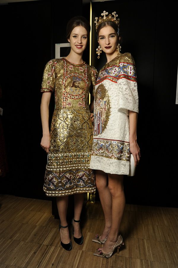 Backstage-at-the-Dolce-Gabbana-2014-Fall-Winter-Womenswear-Collection-Show-Makeup-Tips_34