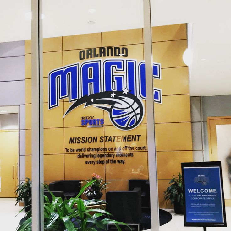 Orlando Magic Front office thanks to @unoocho18 for the tour. . . #nba #basketball #magic #puremagic #orlandomagic #sixers #trusttheprocess #florida #orlando #sports #sportscareer #sportssales #workinsports