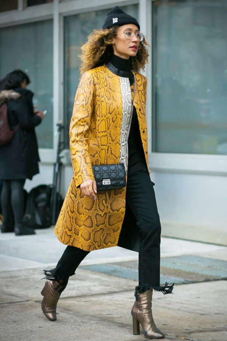 22 Casual Friday Outfits That Still Feel Stylish