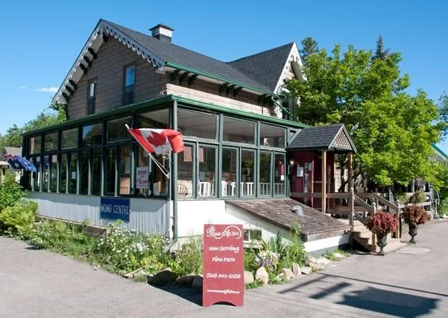 Days Out Ontario | Mono Cliffs Inn, Mono Centre, Ontario