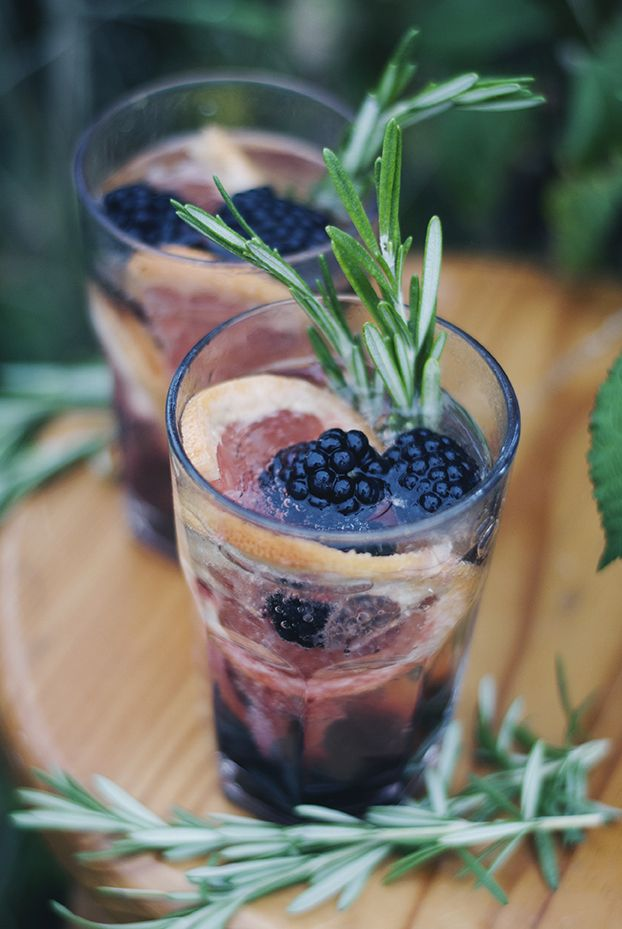 Prosecco drink with blackberries