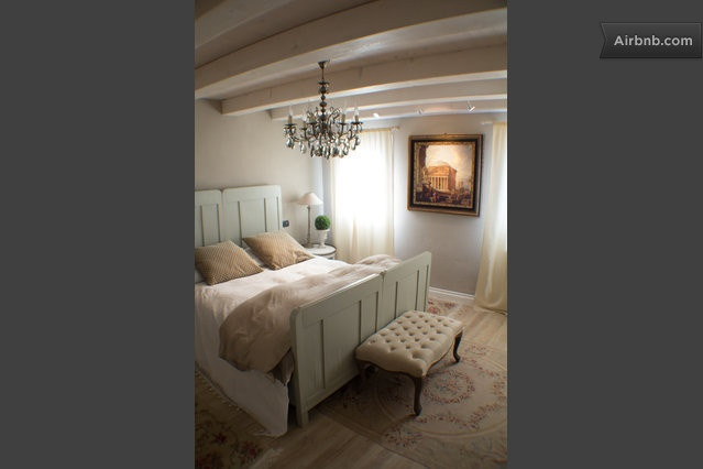 Country house on rent near Venice, stylish and cheap B in Italy.