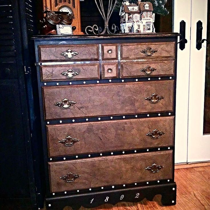 I LOVE this dresser- what a great idea!!   Steamer Trunk Inspired Curbside Chest of Drawers Makeover - Found it on HomeTalk