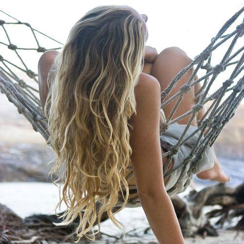 Mystika Omorfias - Beauty Chamber: Πώς θα έχεις κάθε μέρα σέξι μαλλιά παραλίας