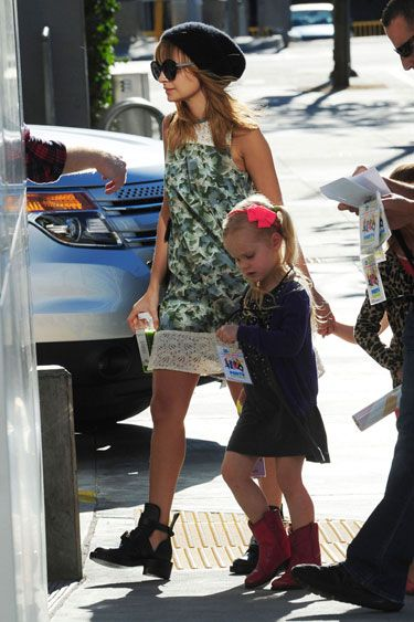 Chic New Moms: Notes on Style for the Duchess - Nicole Richie