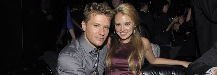 Ryan Phillippe & Paulina Slagter 'Snuggle In A Booth & Order Tequila' At L.A. Nightclub: Source