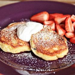 Ukrainian Syrniki Recipe (Cheese Pancakes)