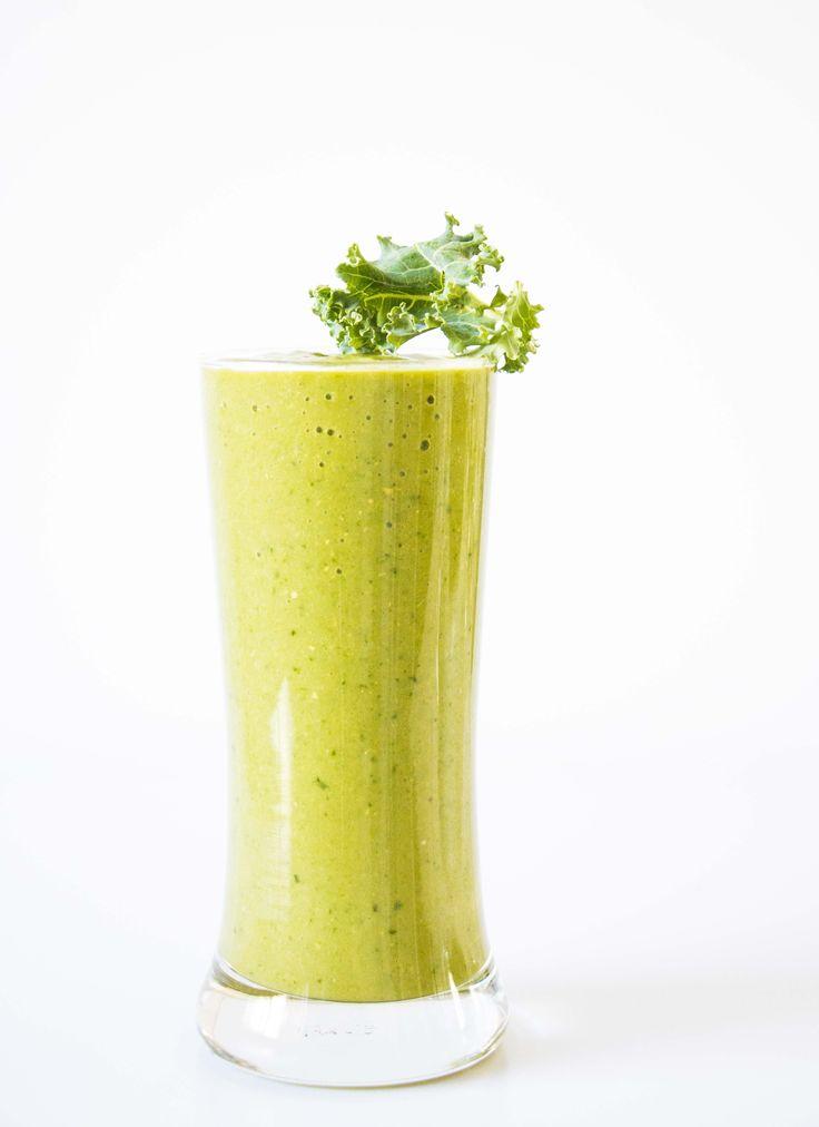 Kale Pineapple Smoothie - Baking-Ginger