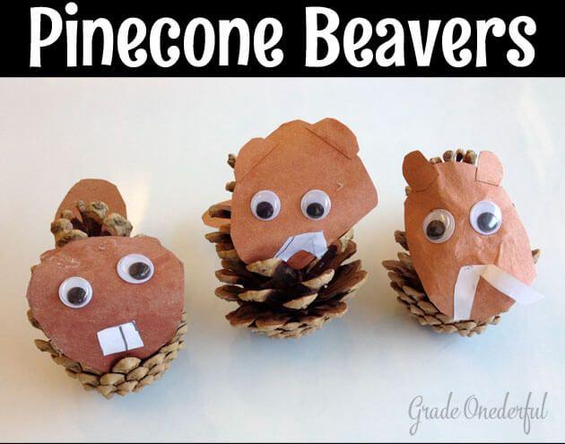DIY Pinecone beavers.