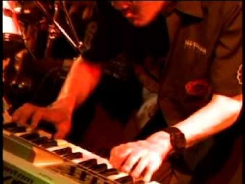 ▶ 神聖かまってちゃん【ちりとり】 2010/4/16 下北沢屋根裏 - YouTube