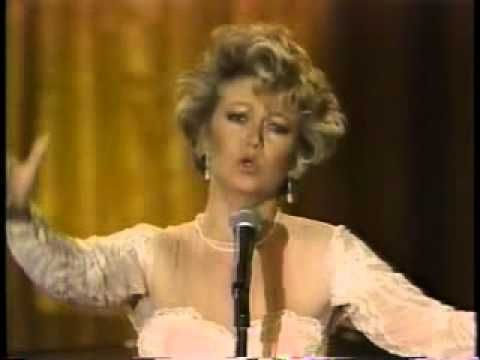 Elaine Paige: 'Don't Cry For Me Argentina' and 'Memory' -In Concert at the White House -1988 - YouTube
