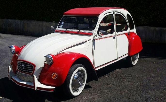 Photo : Citroën 2CV dolly de 1983 avec chauffeur uniquement - Virage Classic