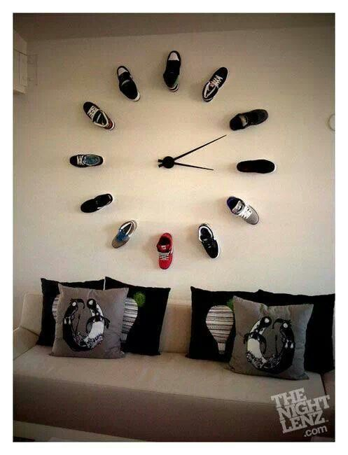 This is so cute for a teenage boys room!  With soccer cleats