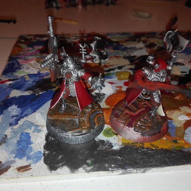 Painting skitarii vanguard.   #warhammer30k #warhammer40k #warhammer #wh #wh40k #skitarii #basing #terrain #tabletop #tabletopgames #wargames #miniature #paintingwarhammer #mechanicum #mechanicus