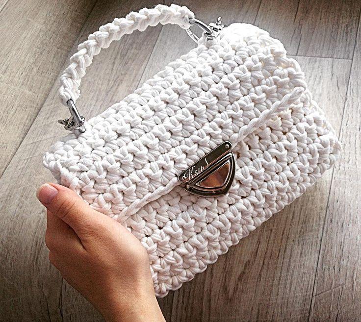 """551 Likes, 22 Comments - Дизайнерские сумочки и рюкзаки (@ksu_s_bags) on Instagram: """"Всем хорошего дня последние два дня я была занята изготовлением этой красотки  Она изготовлена из…"""""""