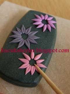 How to make easy flowers.  (Translate)  #Polymer #Clay #Tutorials
