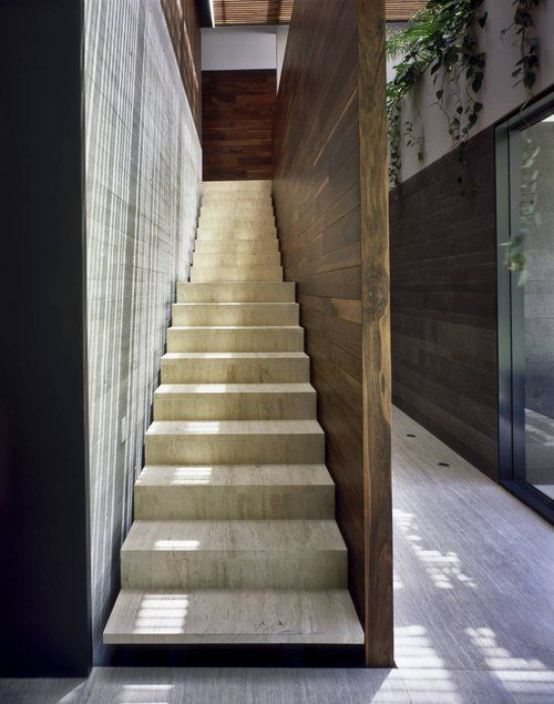 laneway stair: Modern House Design, Stairs, Stairca Design, Interiors Design, House La, Central De, Architecture, Tip