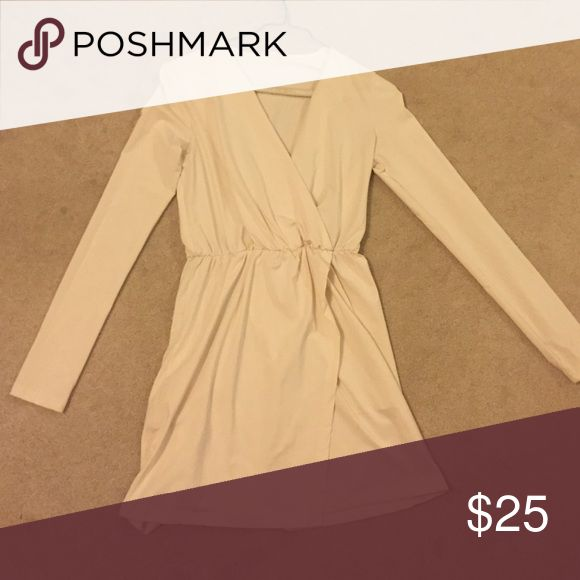 Tobi long sleeve cream cocktail dress Tobi long sleeve cream cocktail dress. Worn once. Can send pictures of this dress on. Scrunch at the waist line but comfortable. Dresses Long Sleeve