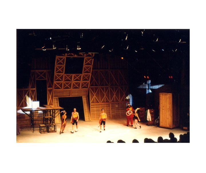 "set design_ ""Piolim"" set designers: Paula De Paoli e Mila Goudet - dir. Neyde Veneziano - ""Parlapatôes, Patifes e Paspalhôes"""